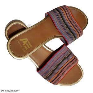 American Eagle slip on sandals, multicolor band